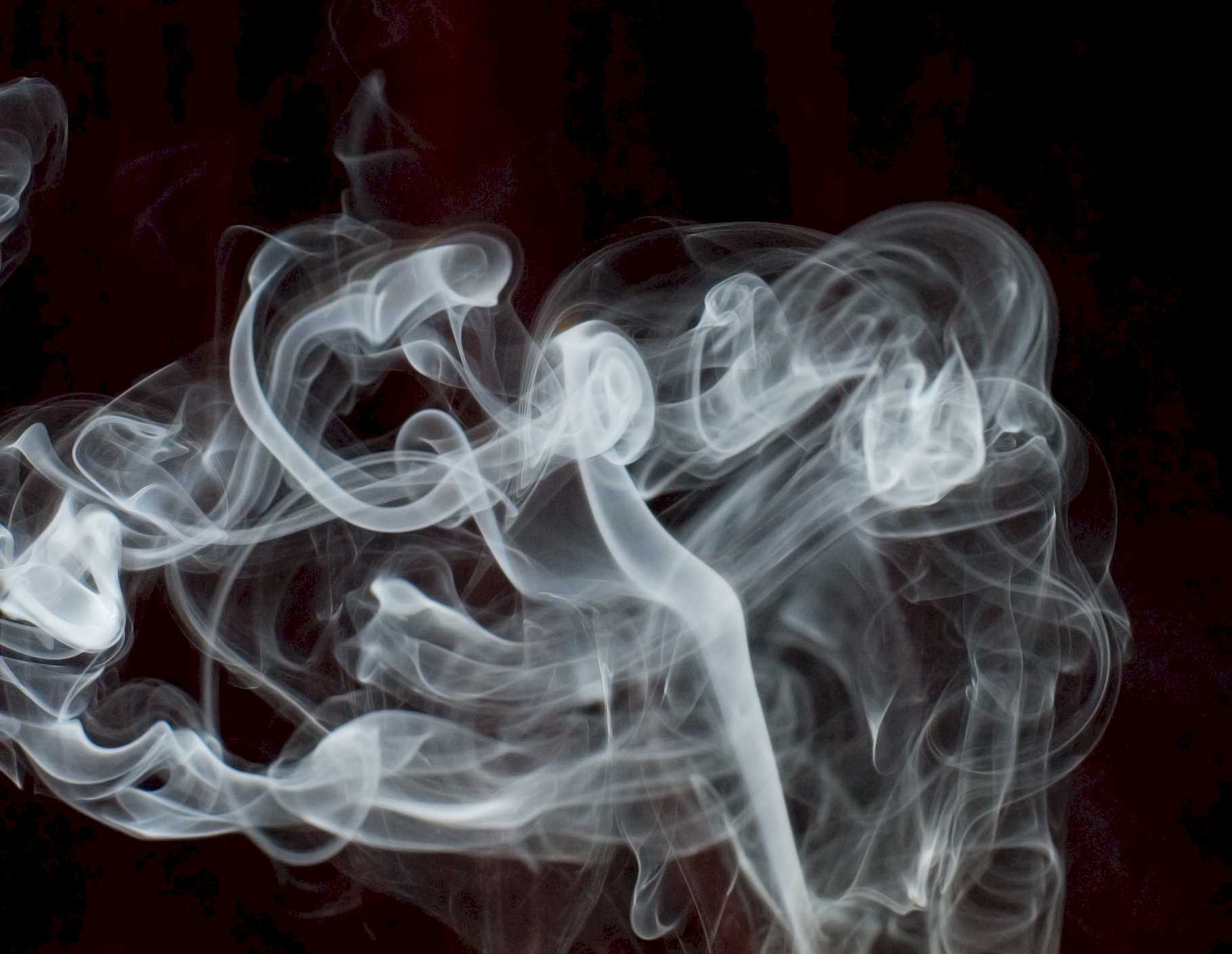 See through the smoke with WhiteSmoke's grammar check.