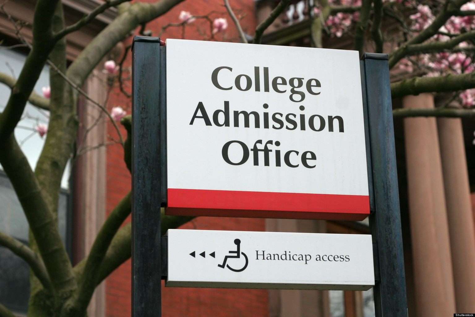 college admission office